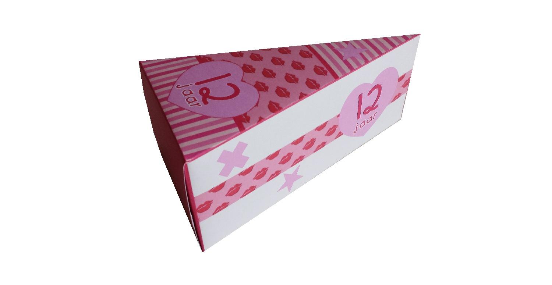 Traktatie taartpunt roze lipjes